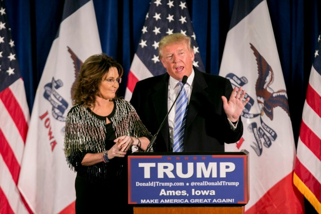 Republican presidential hopeful Donald Trump and former Alaska Gov. Sarah Palin during a campaign event for Trump at the Hansen Agriculture Student Learning Center in Ames, Iowa, Jan. 19, 2016. Palin endorsed Trump for president. (Sam Hodgson/The New York Times)
